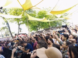 Crowd at Sylvan Esso at SXSW 2017 Day party. Photo by Lauren Keim.